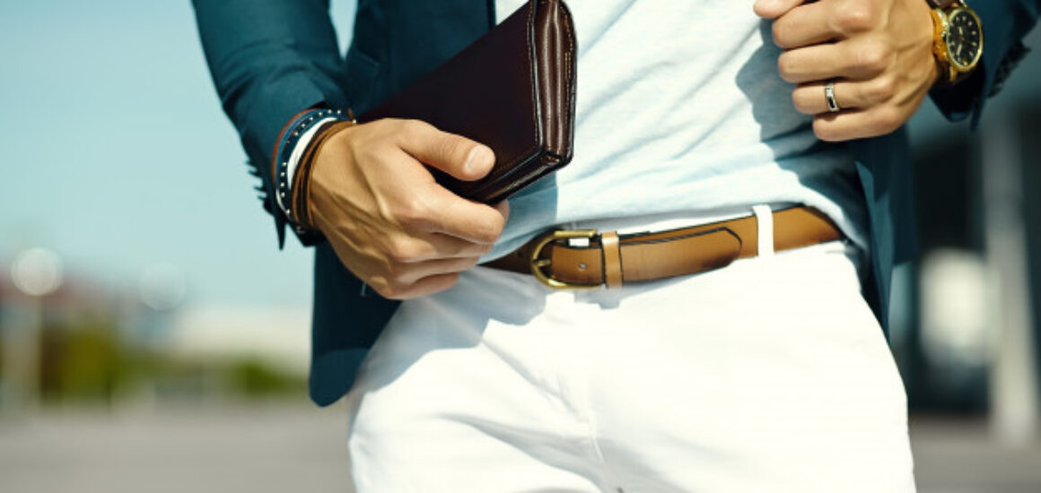 fashion-portrait-young-businessman-handsome-model-man-casual-cloth-suit-with-accesories-hands_158538-9448